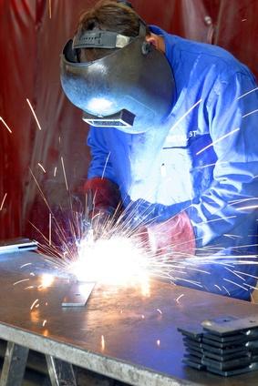 Beschäftigtenzahl im Verarbeitenden Gewerbe stieg im August 2016